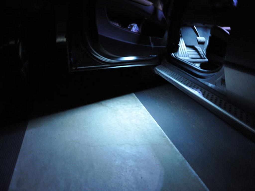 2 ampoules à LED Blanc Lumière éclairage Bas de porte pour BMW série 5  F10  F11